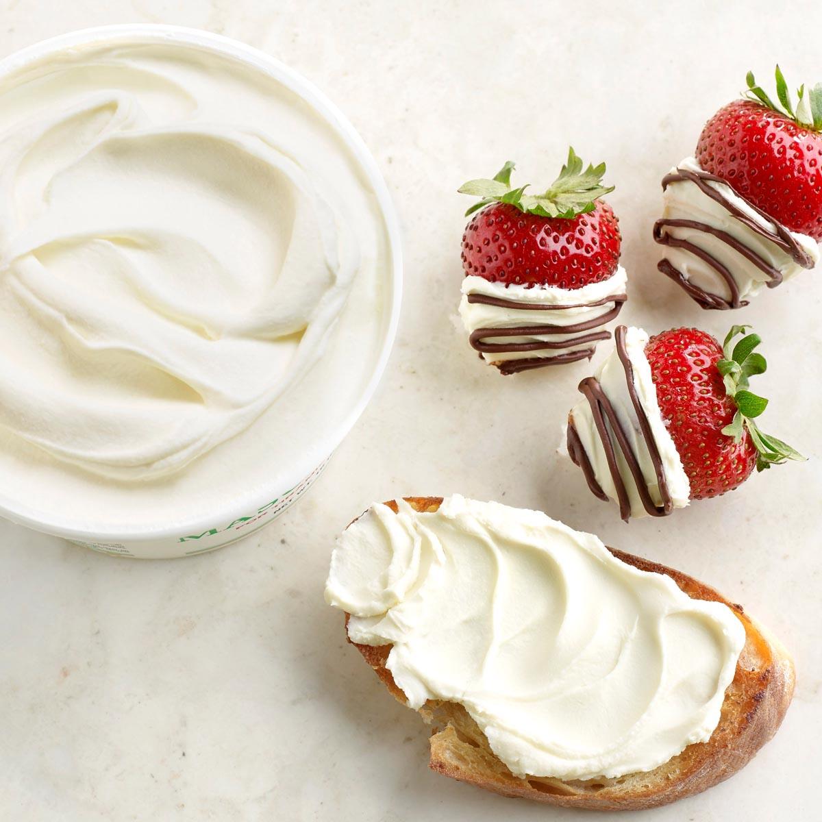 Mascarpone and Strawberries