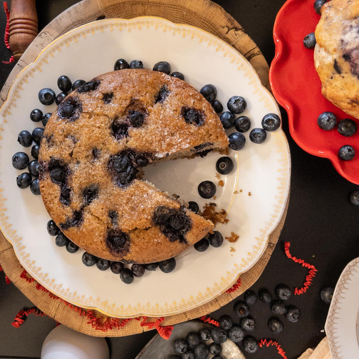 Hot Cakes Bakery - Oat Bran Blueberry Coffee Cake Feature 3