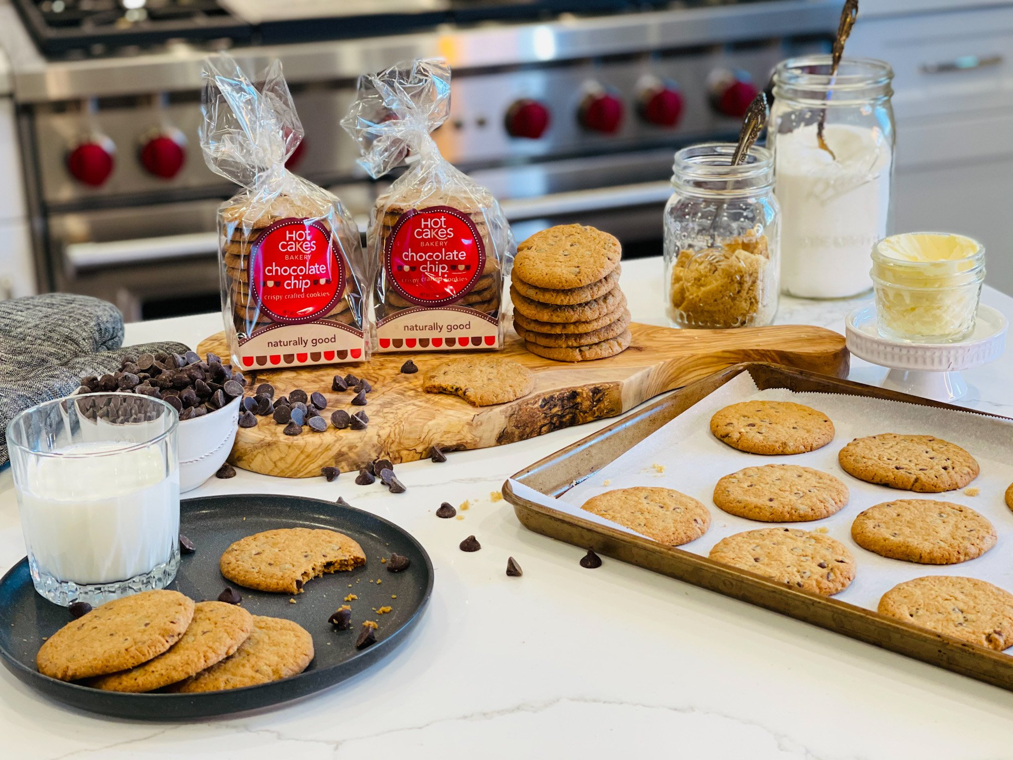 Hot Cakes Bakery - Crispy Crafted Chocolate Chip Cookies 2