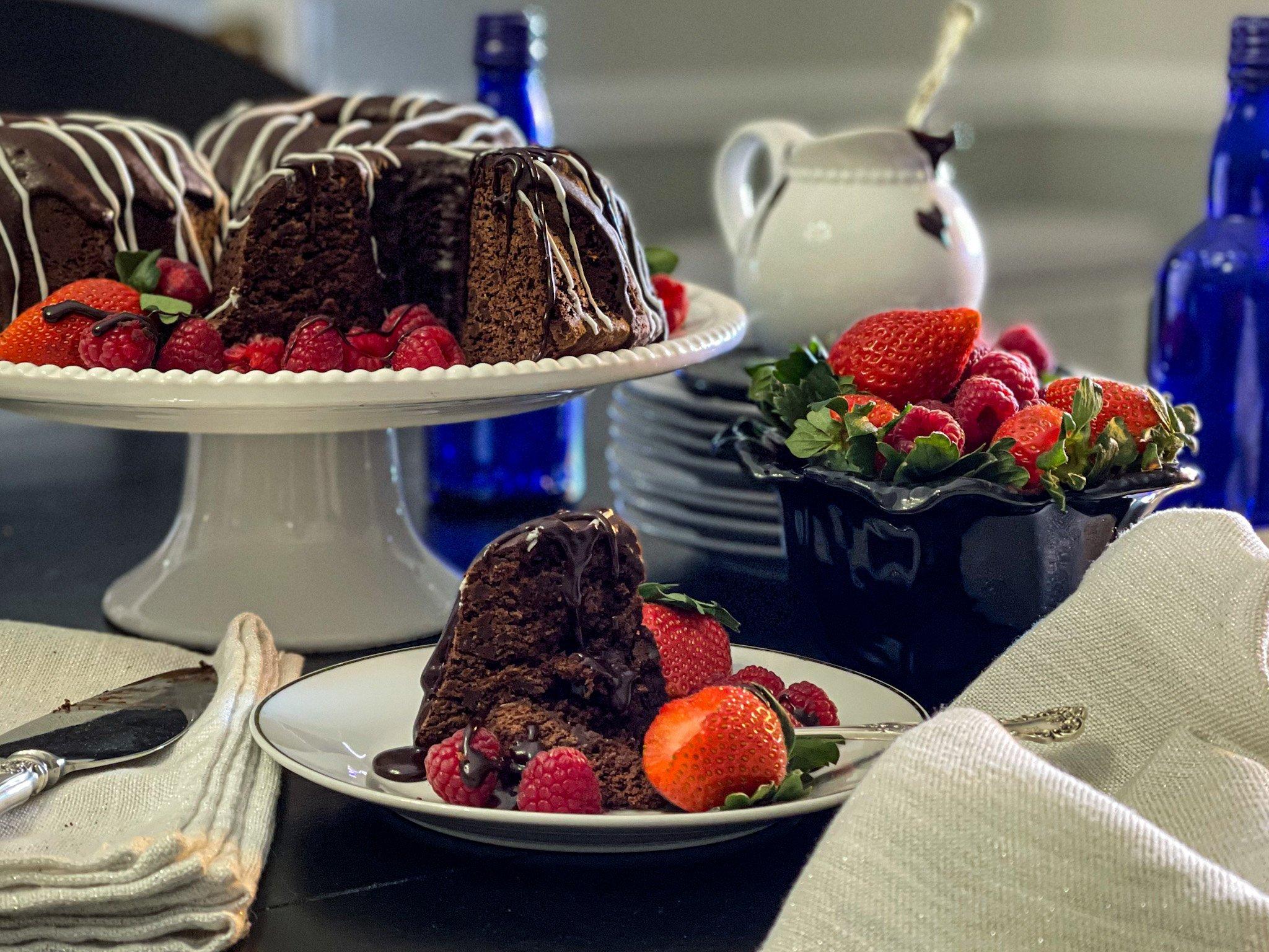 Hot Cakes Bakery - Chocolate Mountain Cake 1